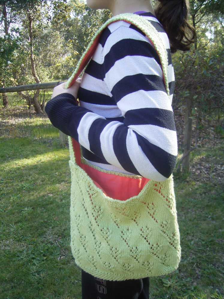 Knitting Pattern Available – Crocus Bag