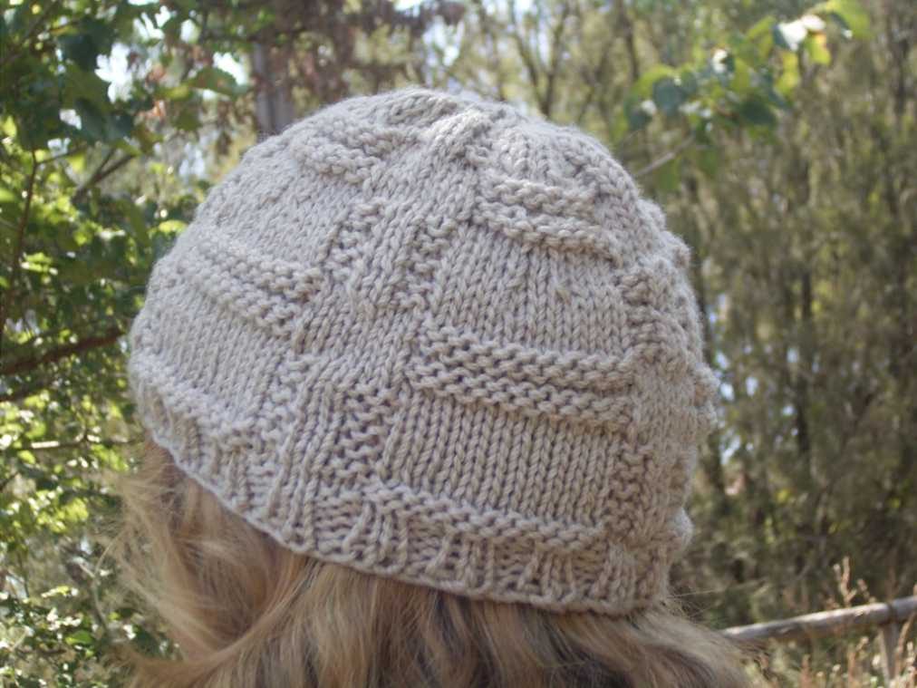 New Hat Pattern Available – Mirrors Hat